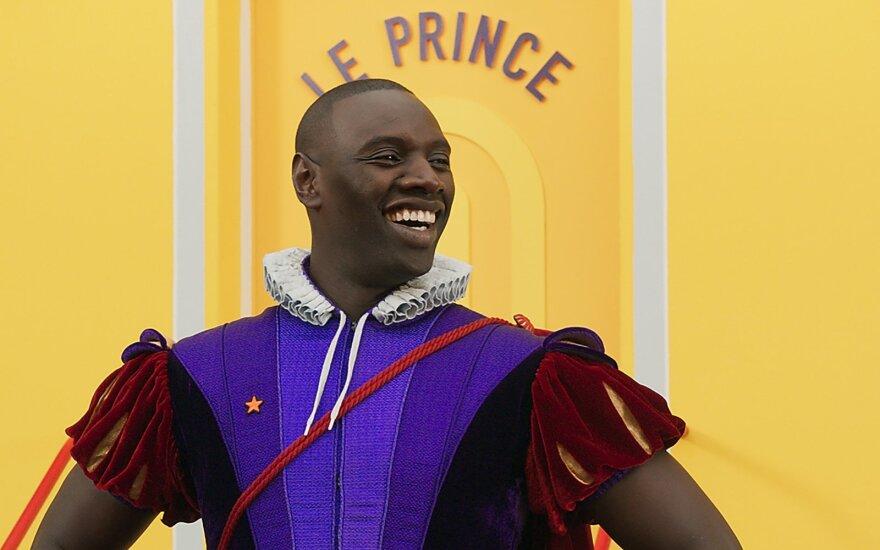 """Kadras iš filmo """"Dingęs princas"""", Omaras Sy"""
