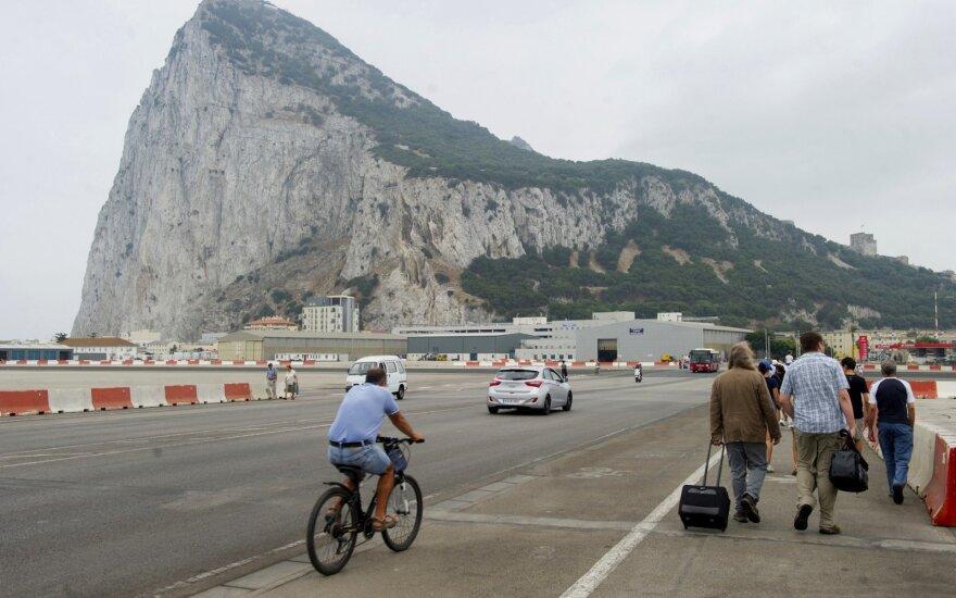 """ES derybininkai tariasi dėl """"Brexit"""", Madridui toliau reiškiant pretenzijas dėl Gibraltaro"""
