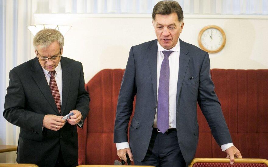 Finance Minister Rimantas Šadžius and Prime Minister Algirdas Butkevičius