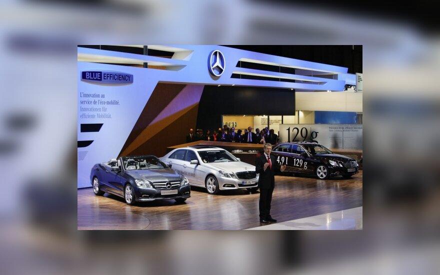 Mercedes-Benz stendas Ženevoje