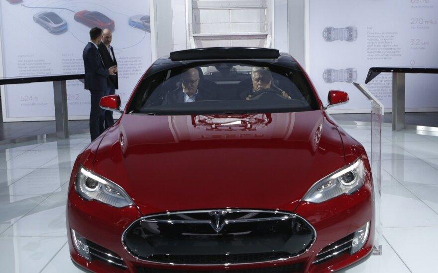 Ateities pranašai: bepilotis elektromobilis jau ne už kalnų