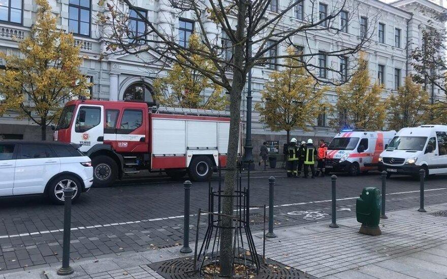 Subruzdimas Vilniaus apygardos teisme – pranešta apie gyvsidabrį