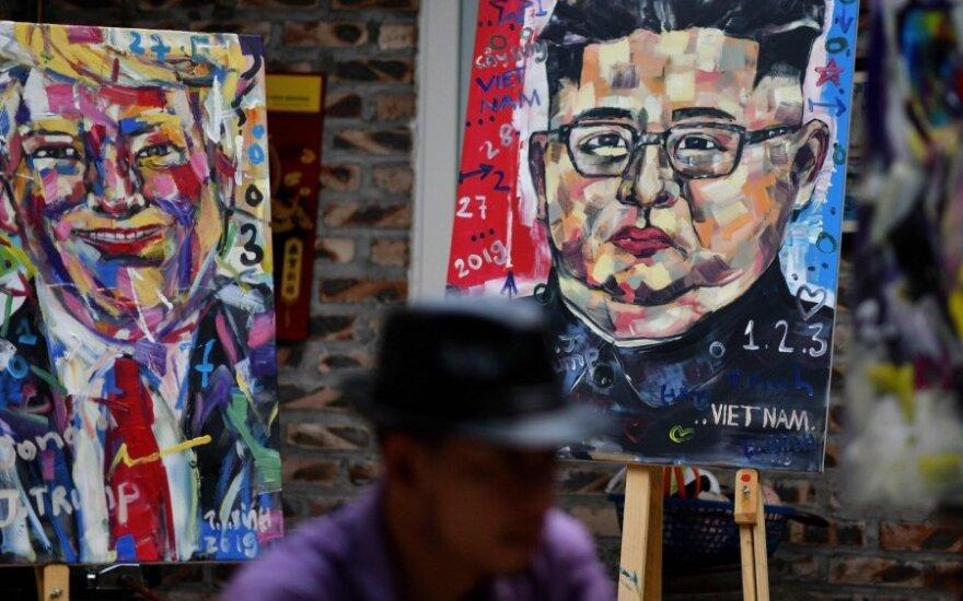 Hanojus laukia Donaldo Trumpo ir Kim Jong-uno susitikimo