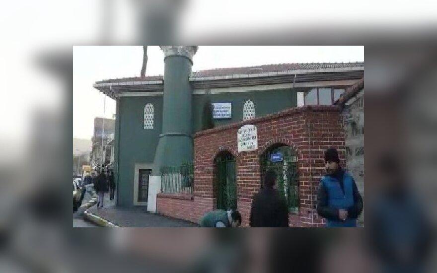 Stambule dar vienas išpuolis – šaudyta mečetėje