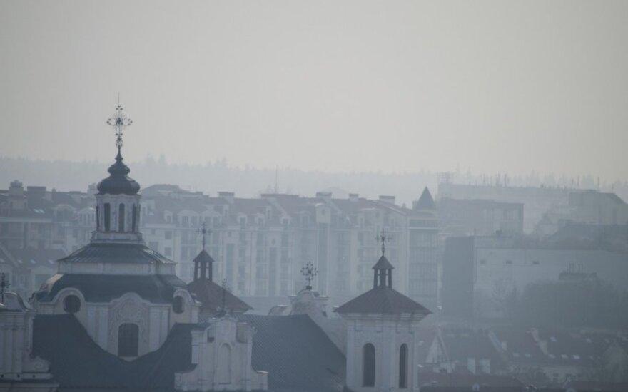 Vilnius prasmirdo degėsiais