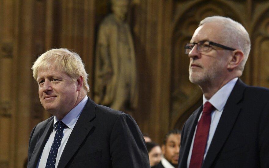 Prieškalėdinė kova: Johnsonas įsivėlė į žodžių karą