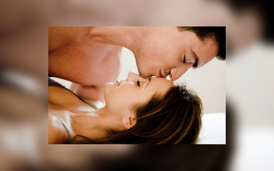 Когда лучше начать половую жизнь для девушки мужу женой раздвигают