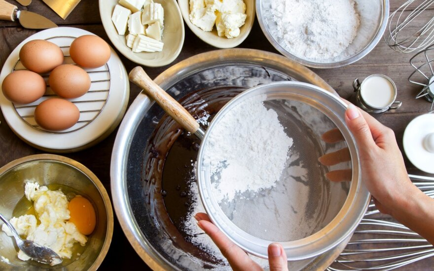 Įsigaliojo svarbūs pokyčiai leisiantys maisto gamybos veikla užsiimti namuose