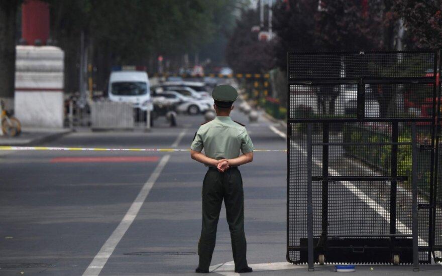 Pekine įvesti karinė padėtis dėl koronaviruso