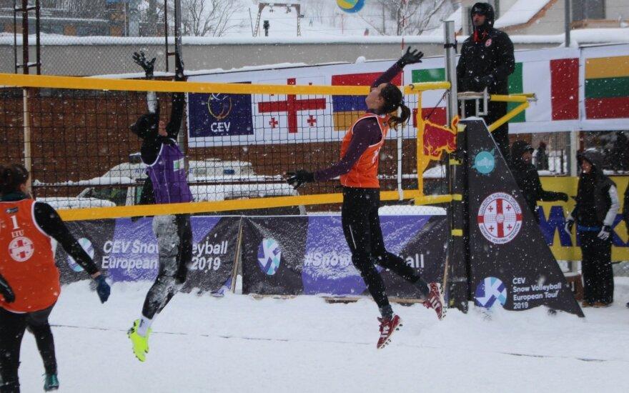 Lietuvos komanda pasaulio sniego tinklinio ture / FOTO: CEV