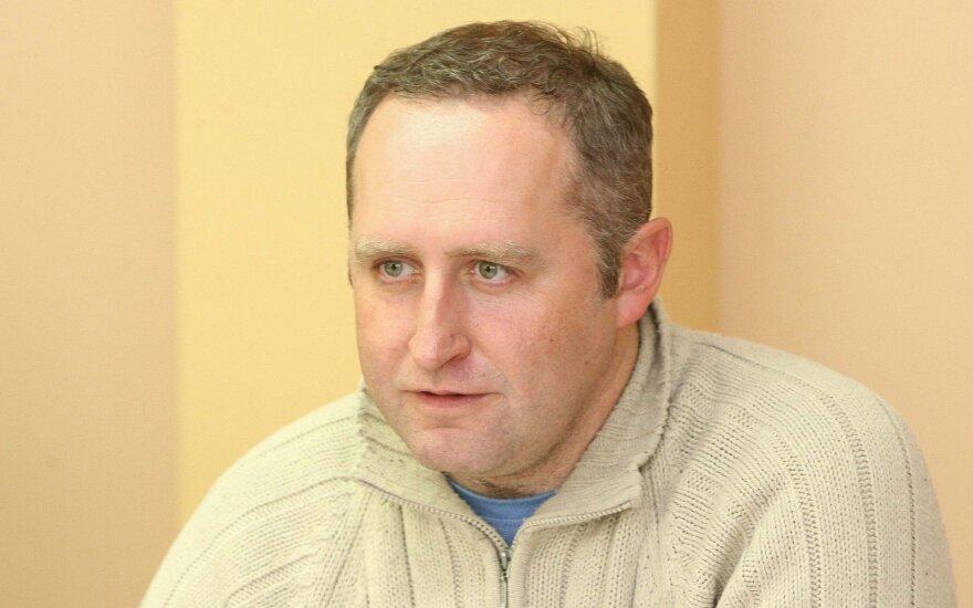 Areštinėje atsidūrė žurnalistas Tomas Čyvas: manoma smurtavo prieš žmoną