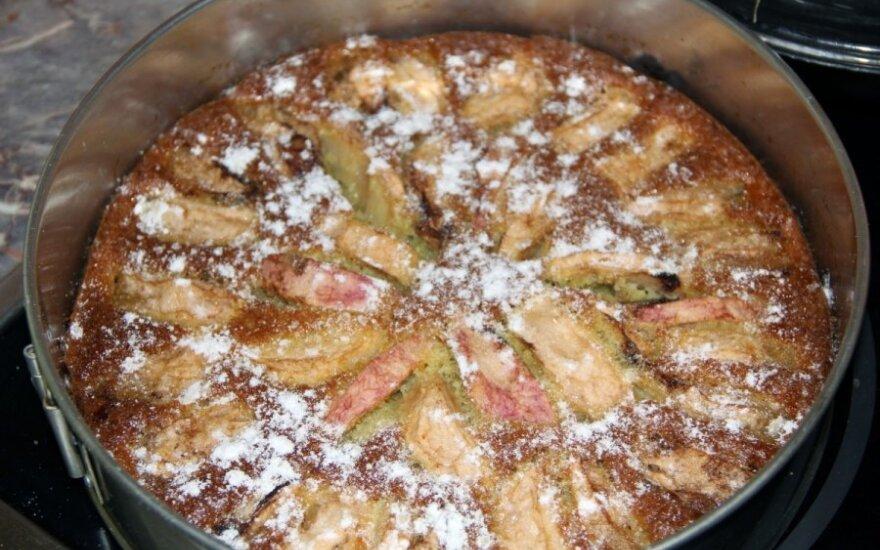 Labai skanus obuolių pyragas