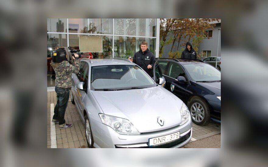 """Žalgiriečiai važinės """"Renault Laguna"""" automobiliais"""