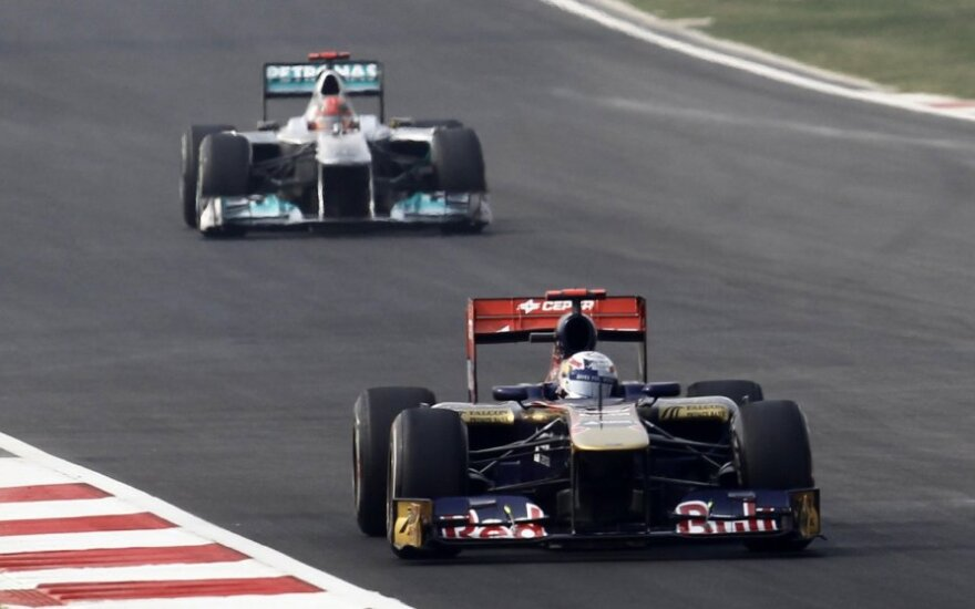Sebastienas Buemi ir Michaelis Schumacheris