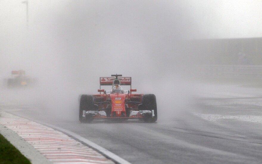S. Vettelis: miegantis J. Buttonas sutrukdė man iškovoti trečią vietą