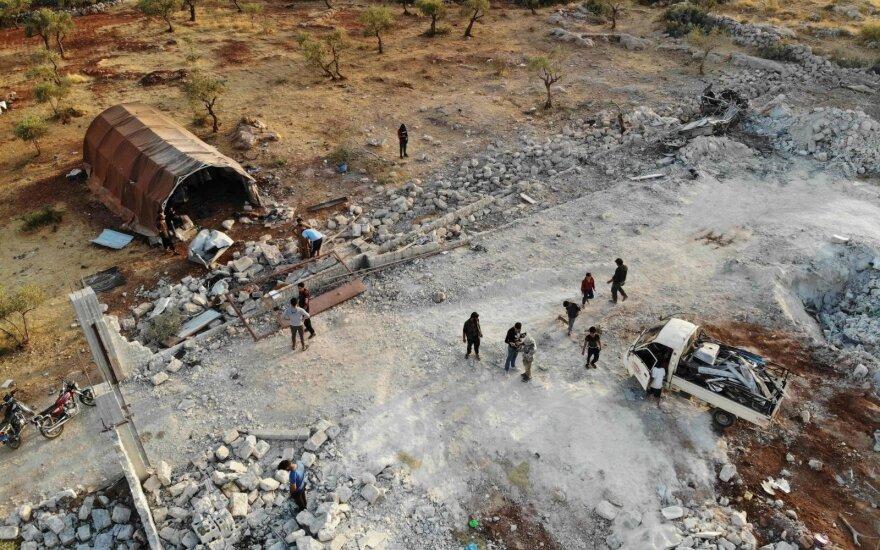 """SOHR: per Izraelio smūgius Sirijoje žuvo """"11 kovotojų"""", įskaitant 7 užsieniečius"""