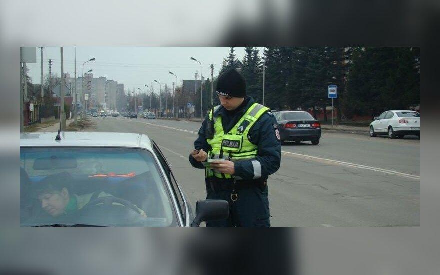 Policijos pareigūno pareigos: ką vertėtų žinoti vairuotojams