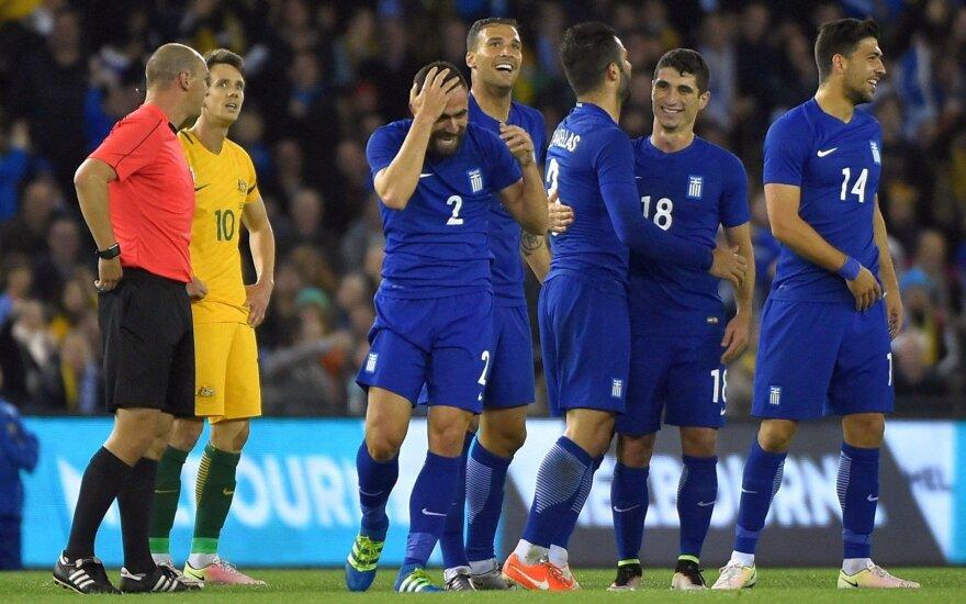 Graikai prieš Euro 2016 priminė apie save: pelnė įvartį iš vidurio aikštės