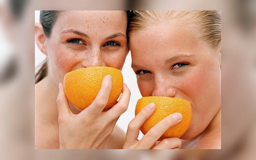 Merginos valgo apelsinus
