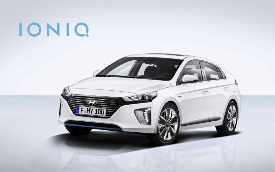 """Hyundai"" elektromobilis mes iššūkį ""Tesla"""