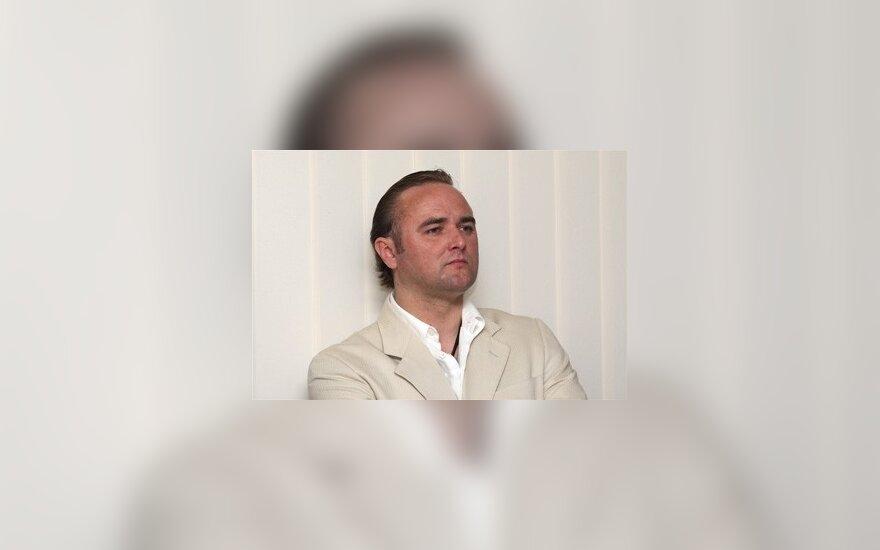 """Iš Lukiškių grįžęs buvęs """"Patrulių"""" narys į muziką negrįš - užsiims """"saugojimo, valymo ir poilsio organizavimo"""" verslu"""