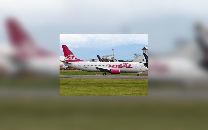 "flyLAL"" lėktuvas ""Boeing 737-300"
