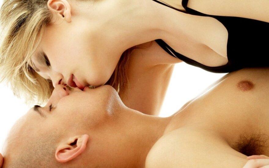 Po kiek meilužių moterys turi šiais laikais?
