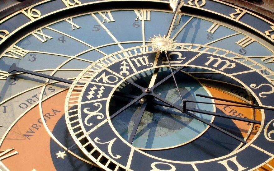 Astrologės Lolitos prognozė vasario 25 d.: poilsio diena