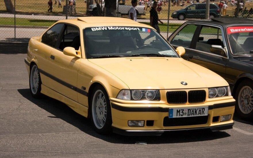 """BMW E36"" – Kregždė. Christian Flores/Flickr nuotr."
