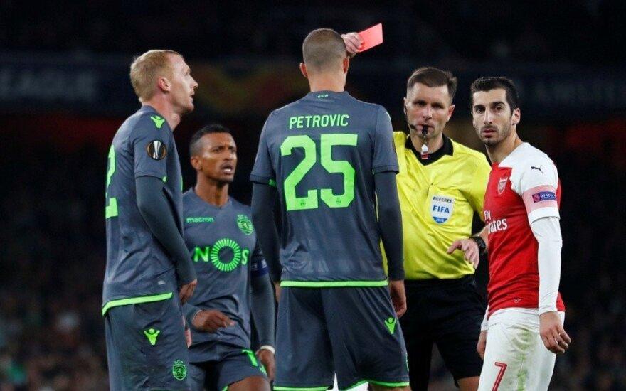 """""""Arsenal"""" rungtynėms teisėjavęs Mažeika ištraukė raudoną kortelę"""