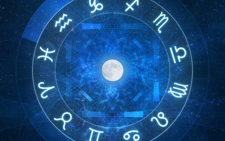 Astrologės Lolitos prognozė birželio 23 d.: įžvalgų ir ritualų diena