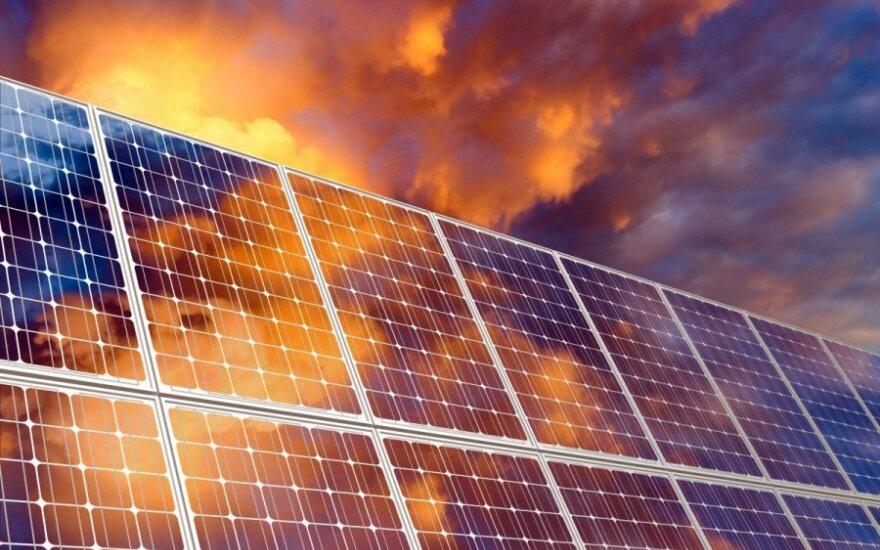 Kinijos ir ES susitarime dėl saulės kolektorių padėtas taškas