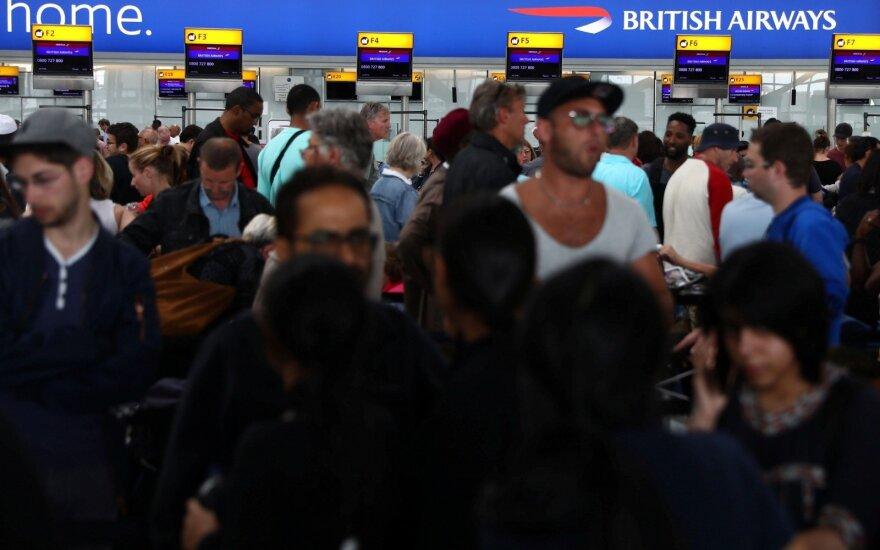 Sutrikus programinei įrangai, keliuose pasaulio oro uostuose – chaosas