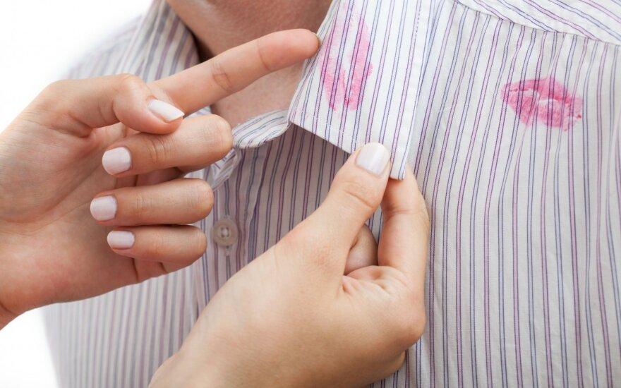 Slapti apie partnerio neištikimybę liudijantys ženklai