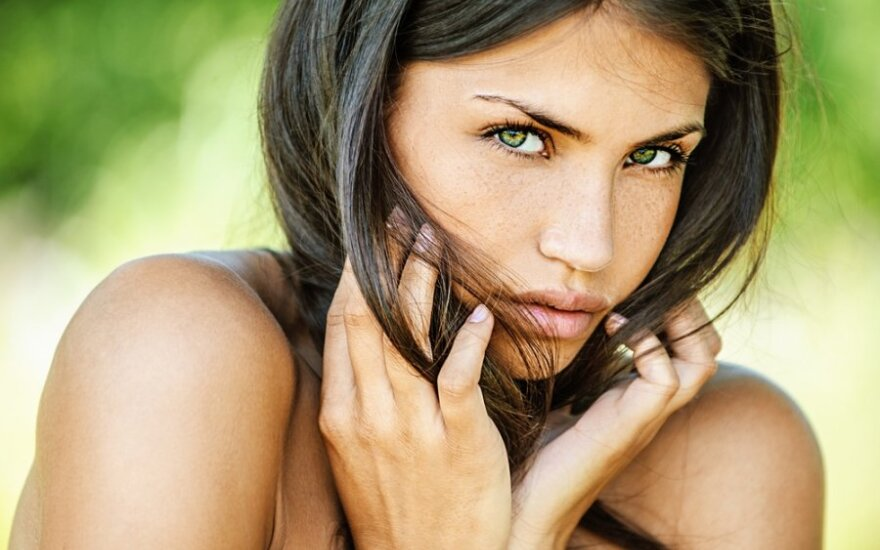 Dermatologas pataria: kaip atsikratyti veido erkučių