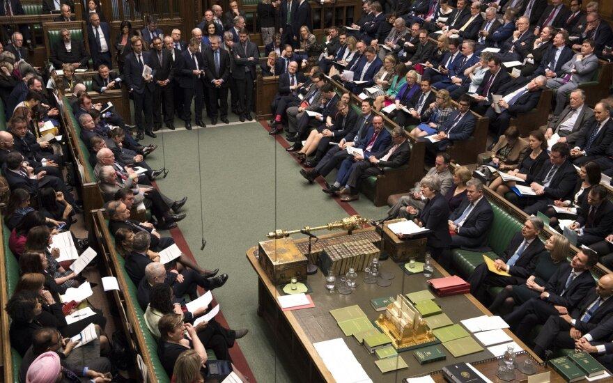 "Jungtinės Karalystės parlamentas balsuoja dėl ""Brexit"""