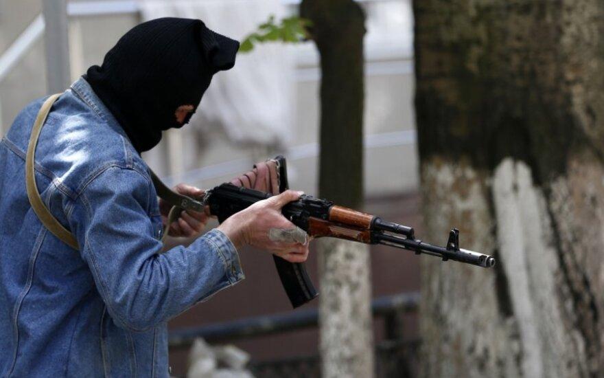 Mūšis prie Slovjansko: girdisi sprogimai ir šaudymas
