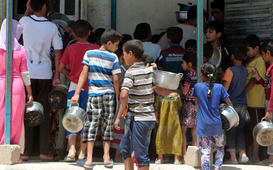 Neturtingų šalių jaunimas gali smogti ateities pasauliui