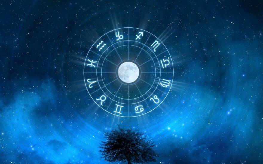 Astrologės Lolitos prognozė lapkričio 1 d.: diena, kai nereikėtų skubėti