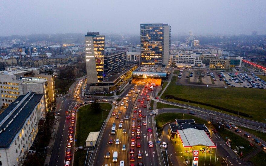 Keičiantis eismui Vilniaus senamiestyje, draudikai turi du patarimus vairuotojams