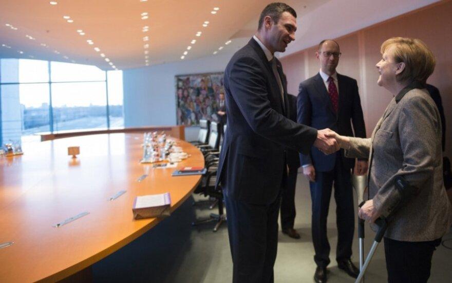 A. Merkel priėmė V. Klyčko ir A. Jaceniuką