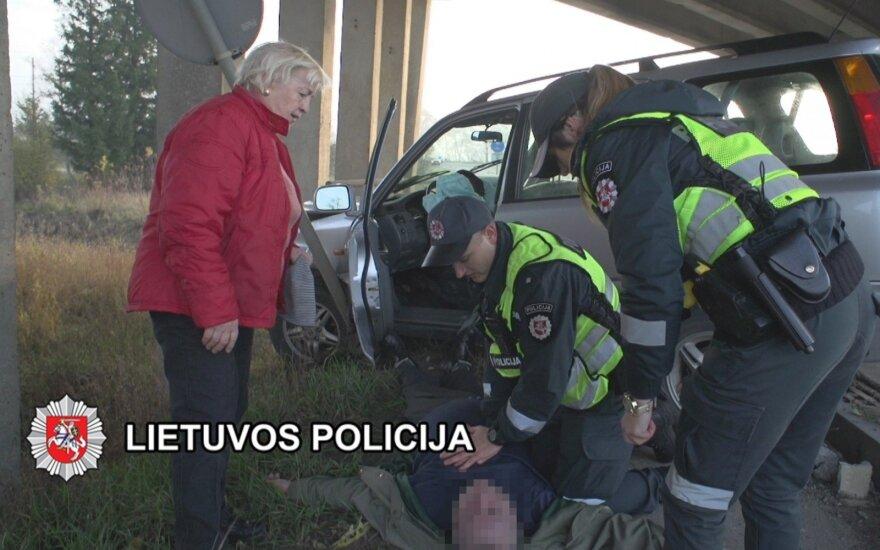 Klaipėdos kelių policijos pareigūnai išgelbėjo žmogaus gyvybę