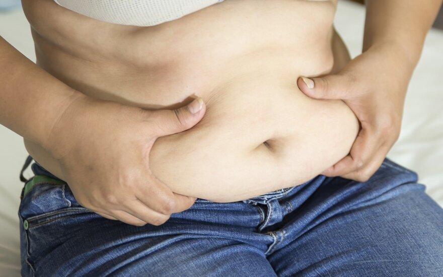 Kaip prarasti užsispyrusius viršutinės kūno dalies riebalus