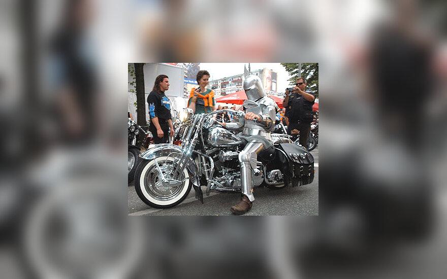 """""""Harley-Davidson"""" motociklas"""