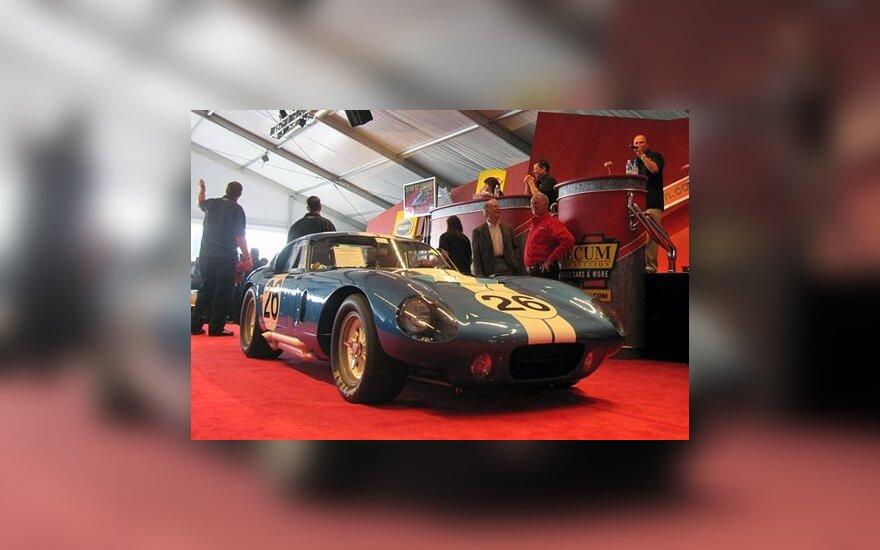 Shelby Dayton Cobra Coupe 64