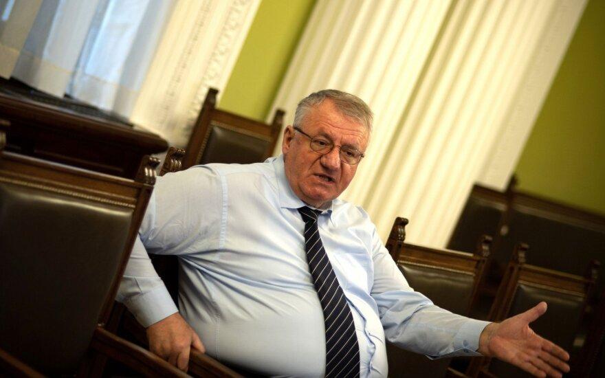 JT teismas panaikino išteisinamąjį nuosprendį serbų ultranacionalistui Šešeliui
