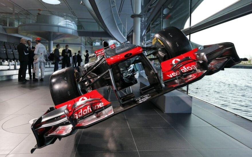 """McLaren Mercedes MP4-28"" automobilis"