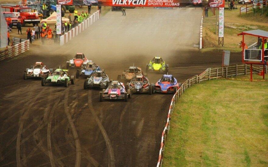 Automobilių kroso varžybos Vilkyčiuose