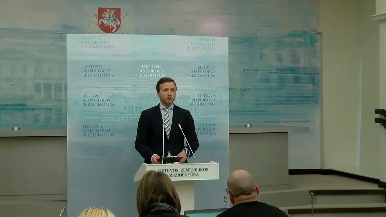 Г. Науседа открыт диалогу с Беларусью, но не заступит за красные линии - советник