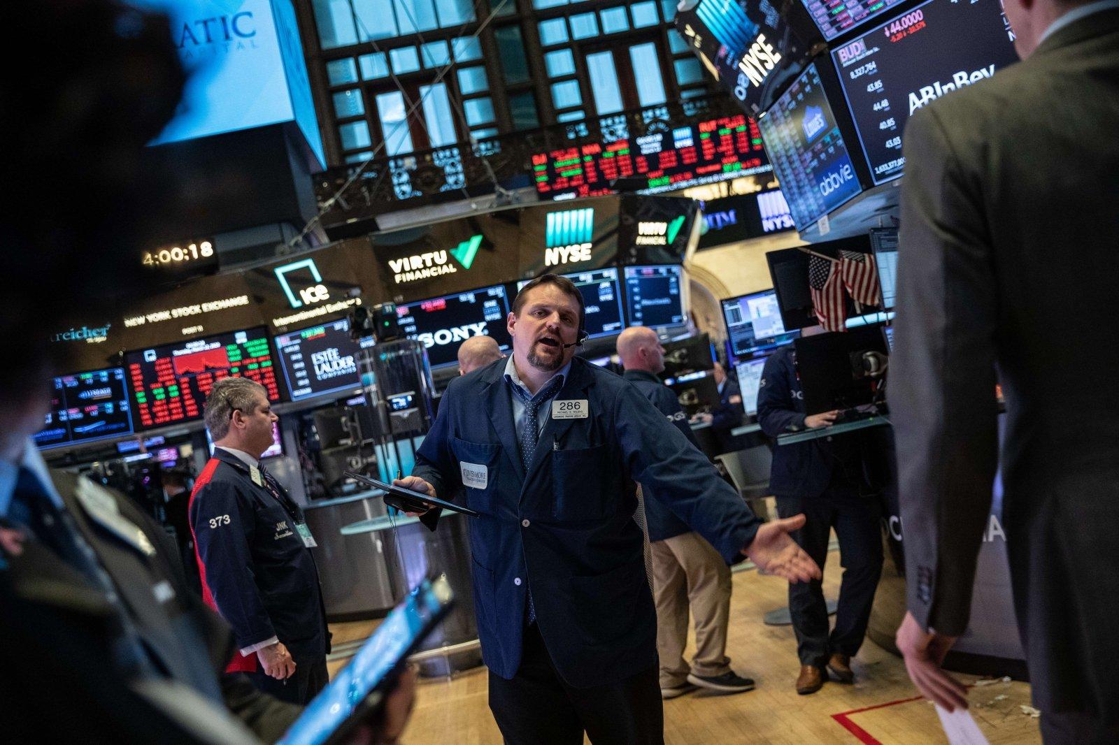 bitcoin pataikė į akcijų rinką
